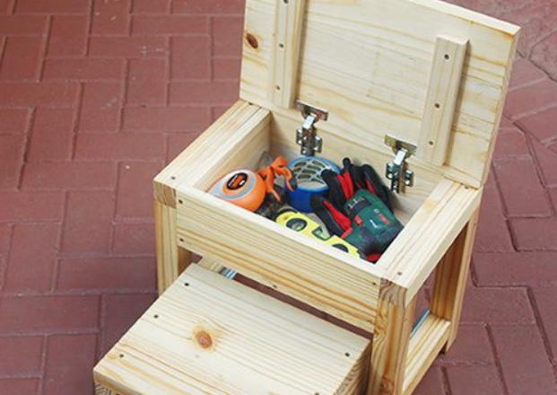 Самодельный табурет с ящиком для инструментов и ступенькой