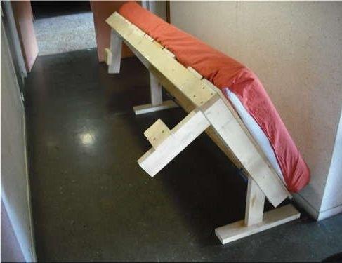Раскладная кровать своими руками: оригинальное решение