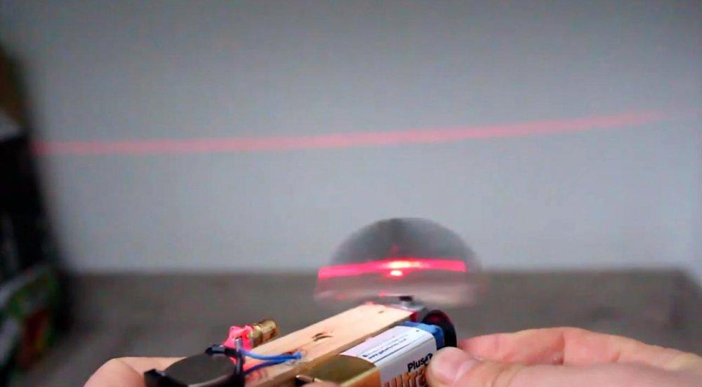 Лазерный уровень: мастерим своими руками