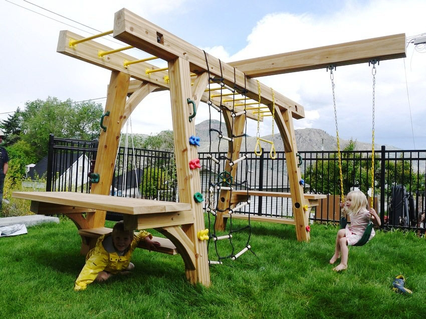 Детская площадка своими руками: делаем самостоятельно и радуем детей
