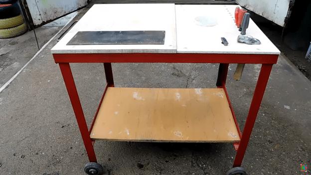 Мобильный стол для мастерской
