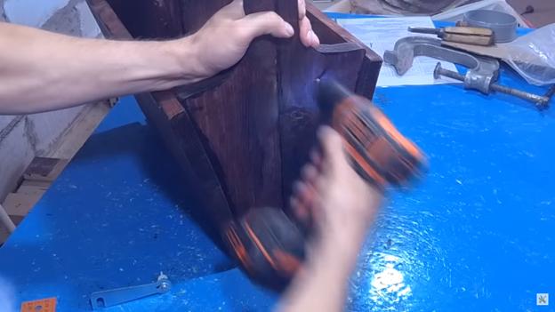 2 в 1 – Стол-корзинка  для пикников: делаем своими руками