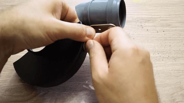 Простой отвод для пыли при резке болгаркой: своими руками