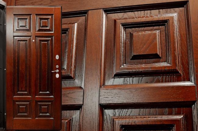 Какие виды дубовых дверей изготавливают