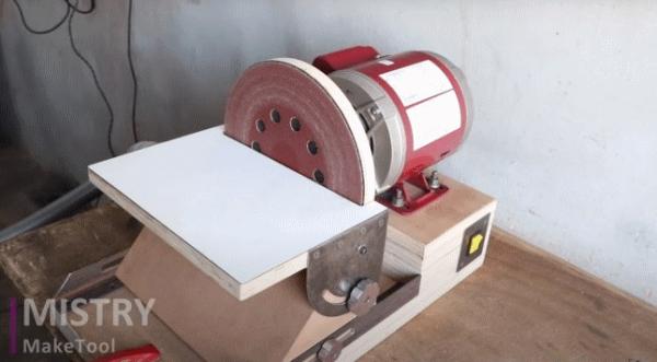 Шлифовальный станок из многослойной фанеры на базе двигателя от стиральной машинки