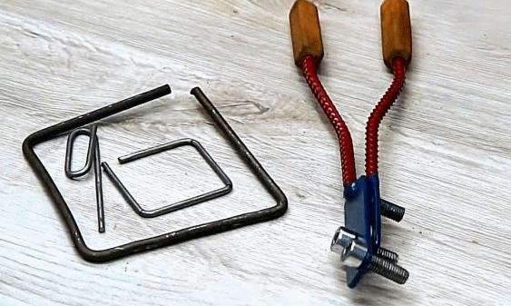 Делаем простые гибочные клещи (для прутка, проволоки)