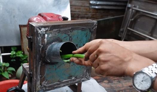 Измельчитель на основе мотора бензо-триммера