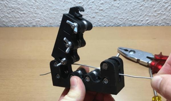 Машинка для выравнивания проволоки