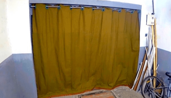 Штора для ворот гаража своими руками