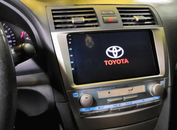Как выбрать головное устройство на Toyota Camry?