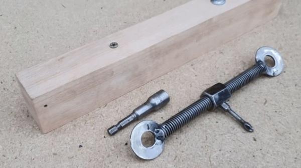 Изготовление «универсального» ключа — рукоятки для биток из пары шпилек