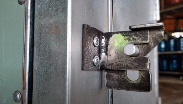 Автоматическая дверная защелка