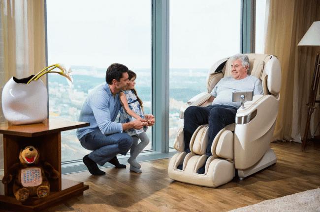 Такое кресло по существу представляет собой специальный тренажер