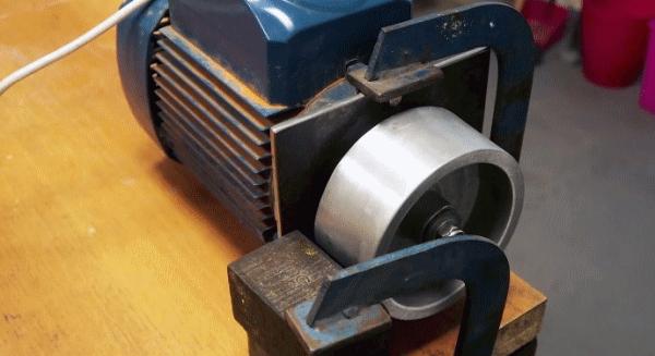 Как отлить шкив для ленточного гриндера из алюминия