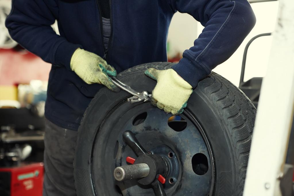 Балансировка колес: делаем самостоятельно