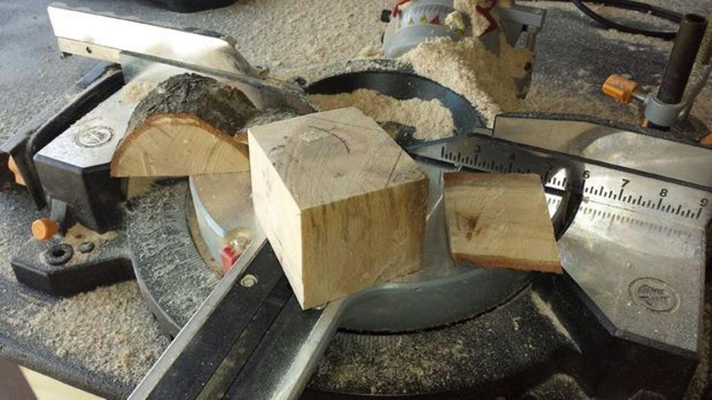 Молоток из дерева своими руками