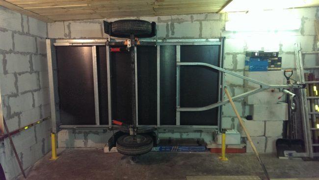 05 3 650x368 - Хранение прицепа в гараже на боку